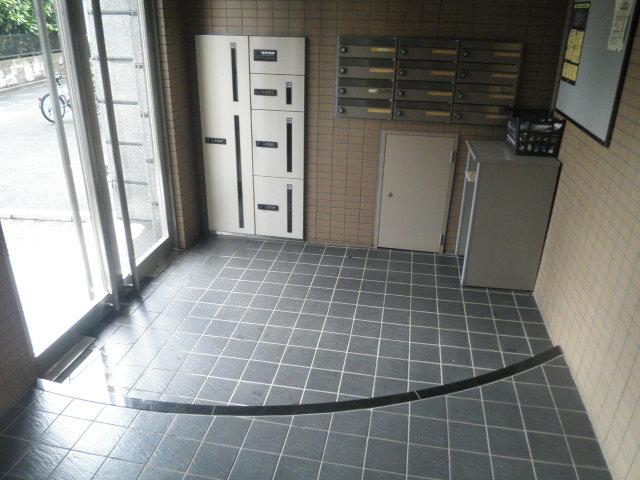 ル・モンヴェール 205号室のエントランス