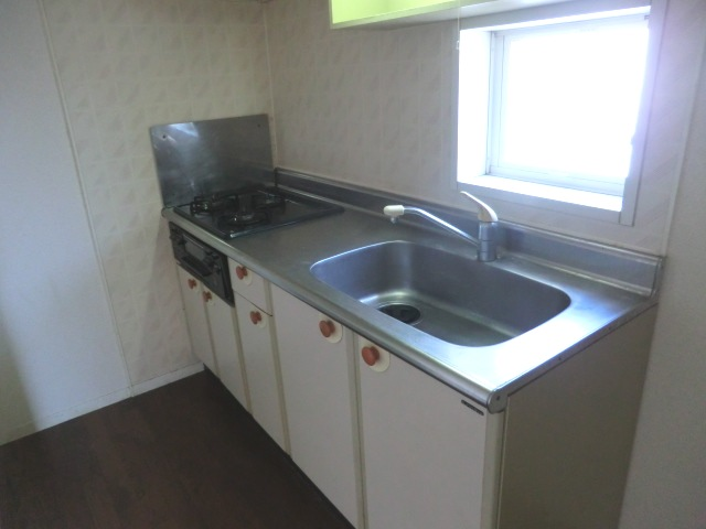 グランディール富士 3-201号室のキッチン