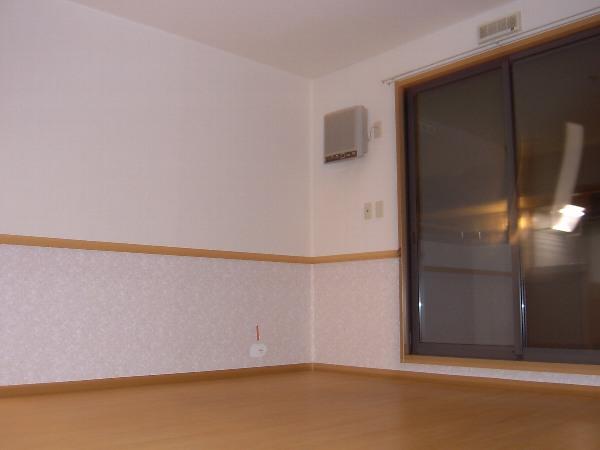 コンフォート飯能A 00202号室のリビング