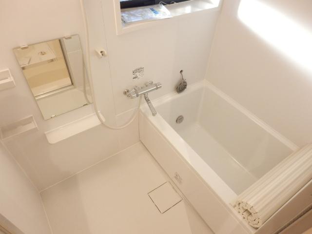 TOハイツ 102号室の風呂