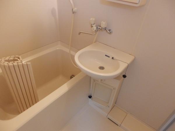 エクメーネ 305号室の風呂