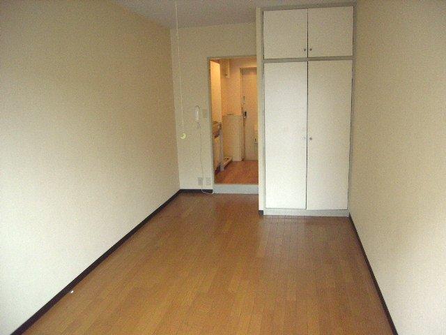土屋ビル 703号室の居室