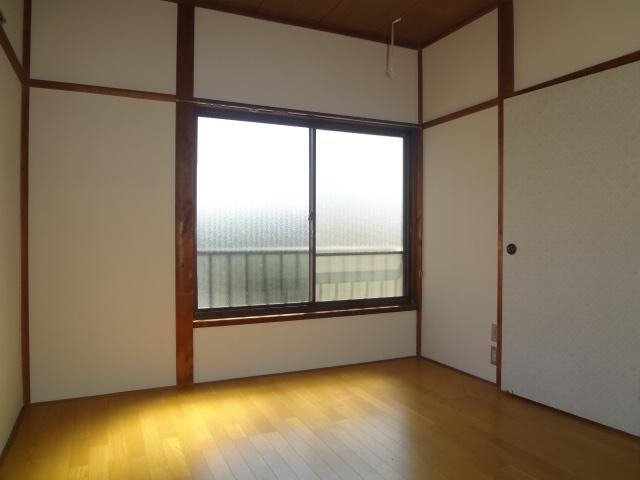 山根荘 205号室のリビング