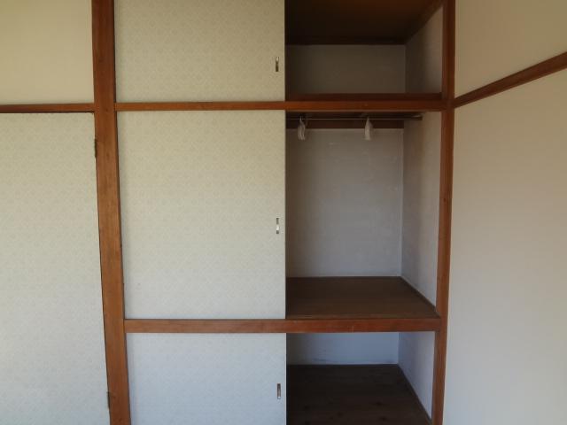 山根荘 205号室の収納