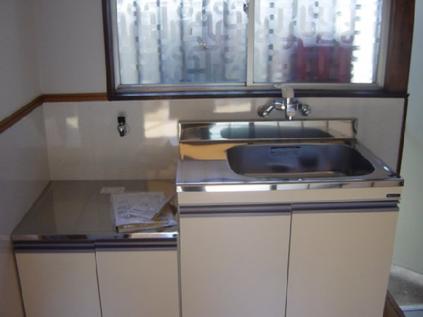 しらかば荘 102号室のキッチン