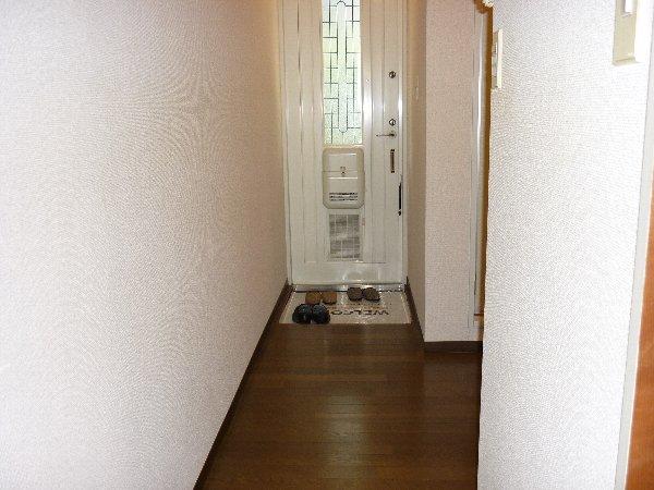 サンコーポ 105号室の玄関