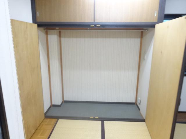 若葉第一ビル 301号室の収納