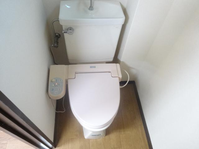 若葉第一ビル 301号室のトイレ