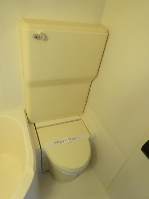 ラ・パルフェ・ド・プレオ 503号室のトイレ