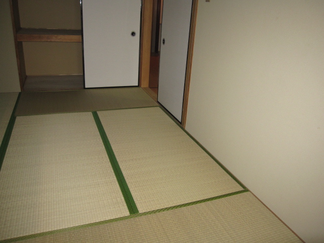 アルボレダ武蔵浦和Ⅰ 201号室の居室