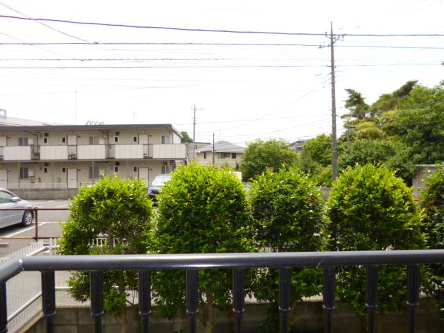 ファミーナシオンA 202号室の景色