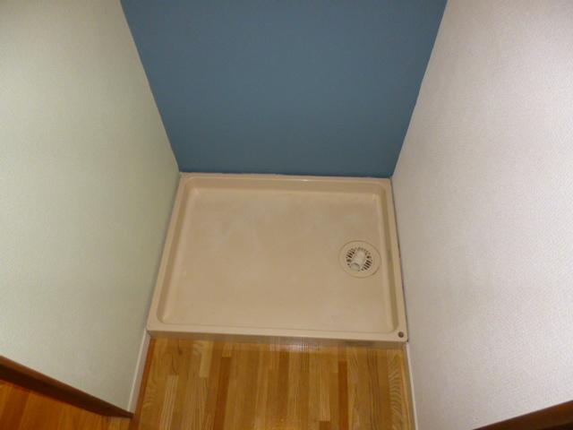 ファミーナシオンA 202号室の洗面所
