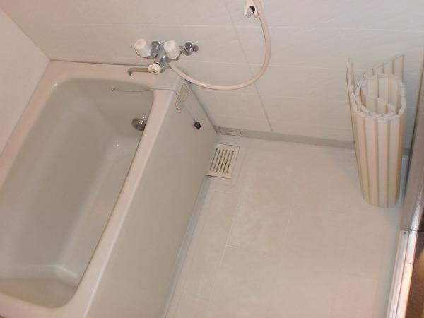 バウス白幡 101号室の風呂