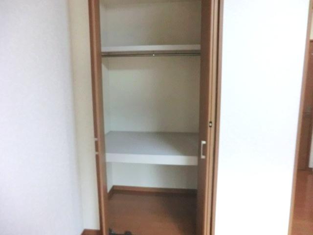 ウェルコート 206号室の収納