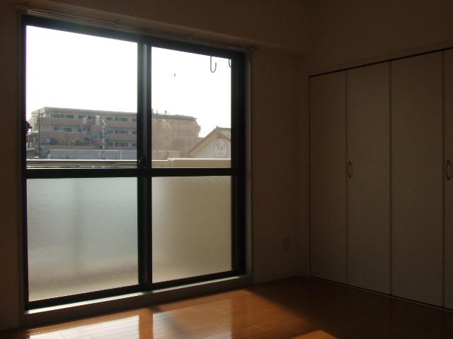 第10秋葉ビル 208号室の景色