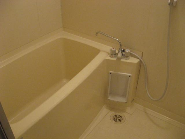 グリーンパークタニグチ 504号室の風呂