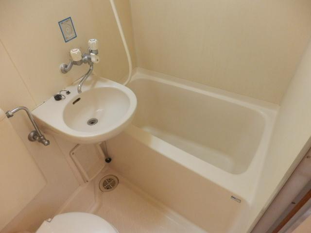 ツインホーム 106号室の風呂