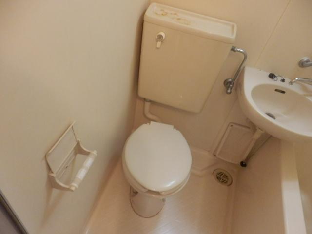 ツインホーム 106号室のトイレ