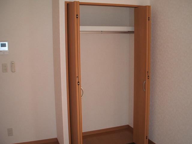 アンプルールクラージュWEST 103号室の収納