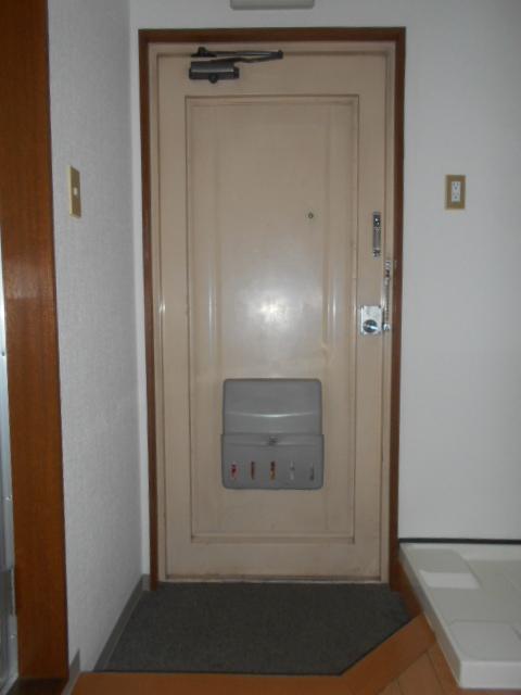ハイムエスポワール 308号室の玄関