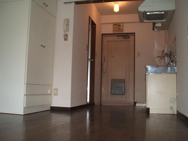 ハイムエスポワール 103号室のリビング