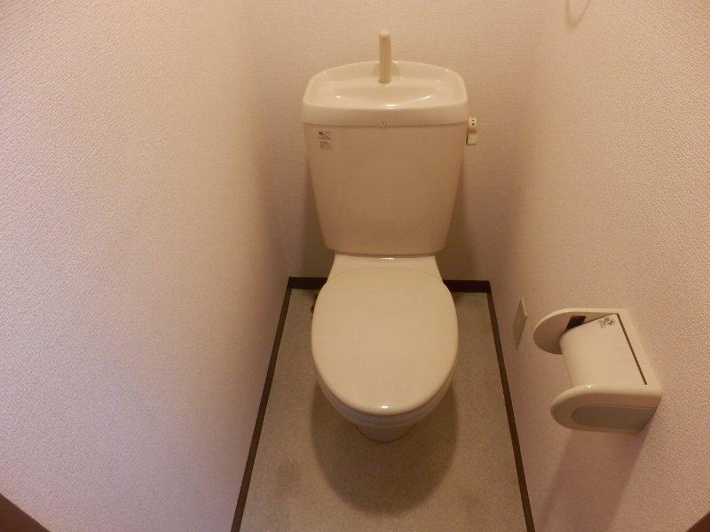 ウインドワード 103号室のトイレ