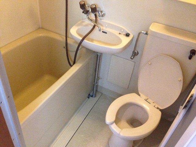 Yパレス浦和 203号室の風呂