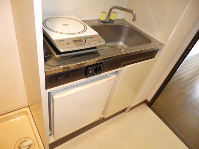 武蔵浦和ハイツ 102号室のキッチン