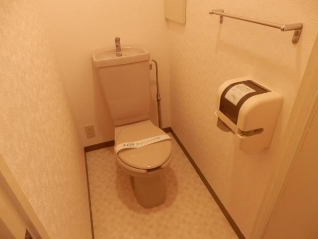ラーバンライブ・別所沼 305号室のトイレ