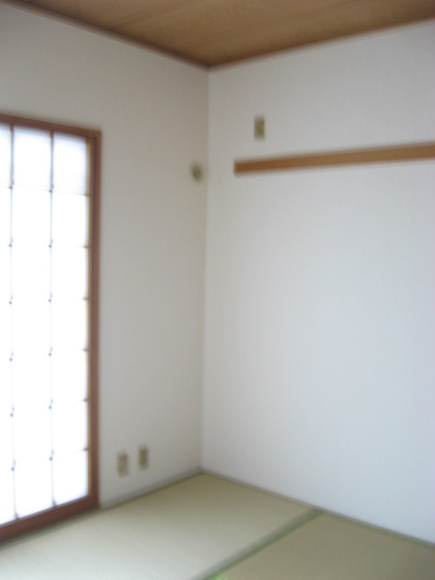 ビューティKASHI 202号室の居室