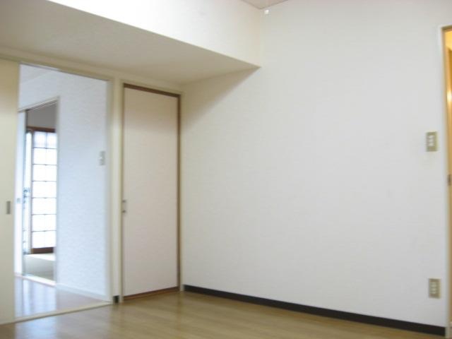 ビューティKASHI 202号室のリビング