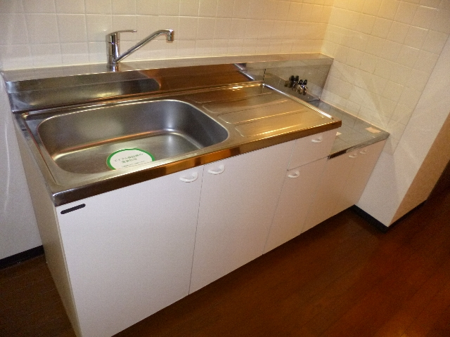 アイセイ エフ 104号室のキッチン