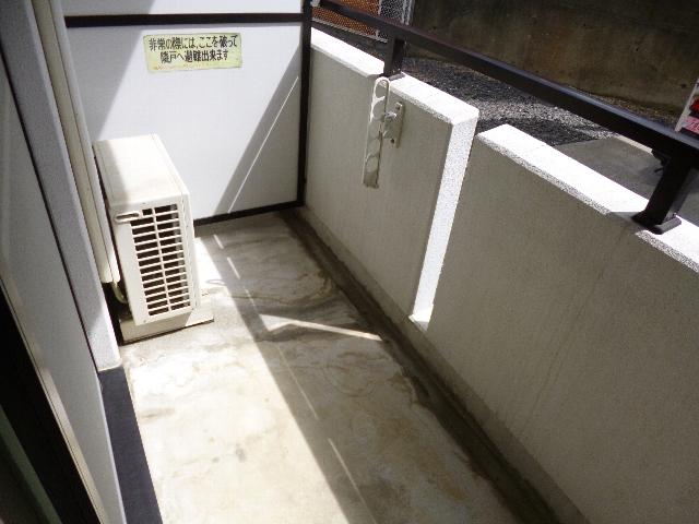 アイセイ エフ 104号室のバルコニー