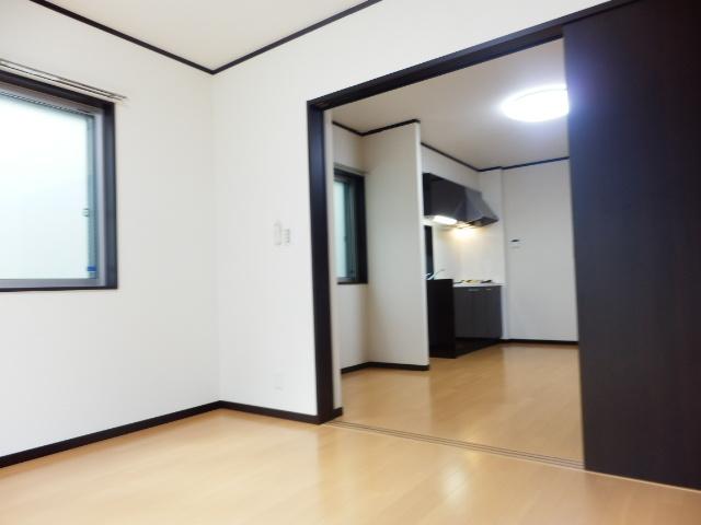 アムール武蔵浦和 103号室のリビング