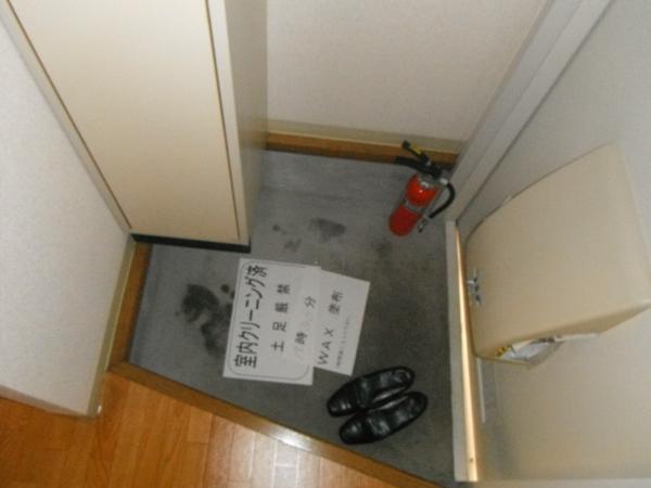 ヴィラ青山Ⅱ 101号室の玄関