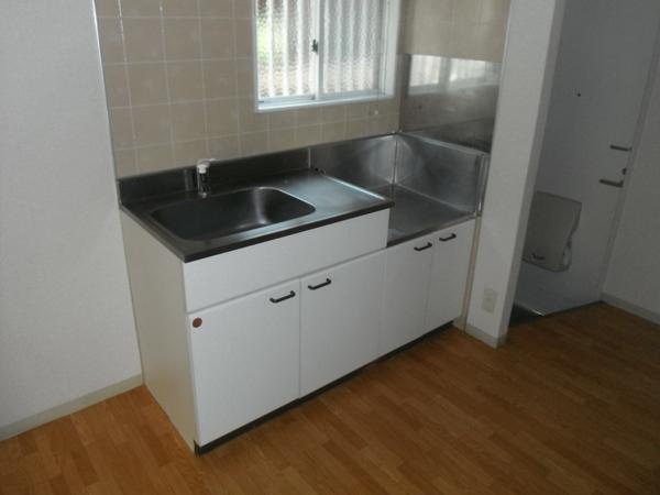 ヴィラ青山Ⅱ 101号室のキッチン