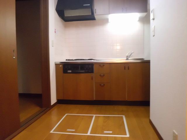 田園調布4丁目アパート 101号室のリビング