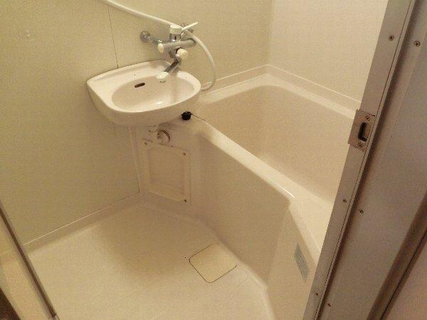 自由が丘富貴ビル 302号室の風呂