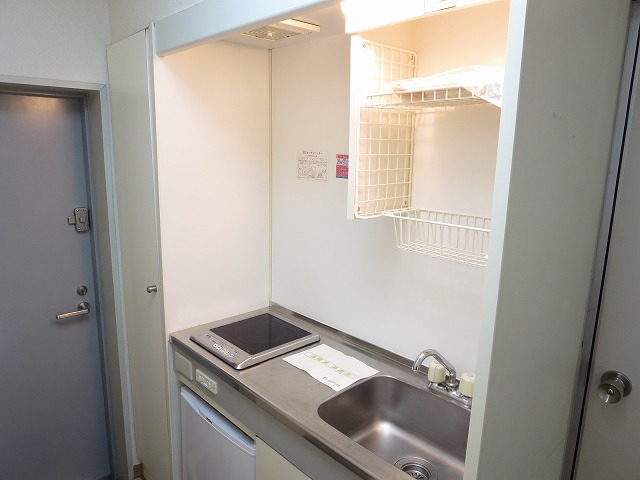 ルーニィ平町 202号室のキッチン