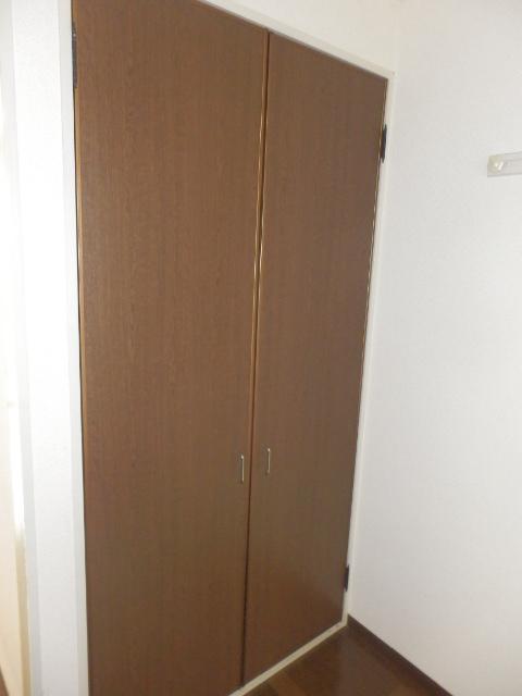 エトワール等々力 106号室の収納
