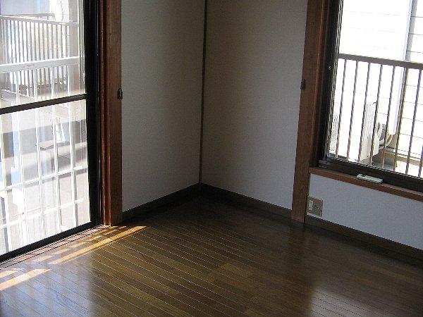 グリーンハウス上野毛 D号室のリビング