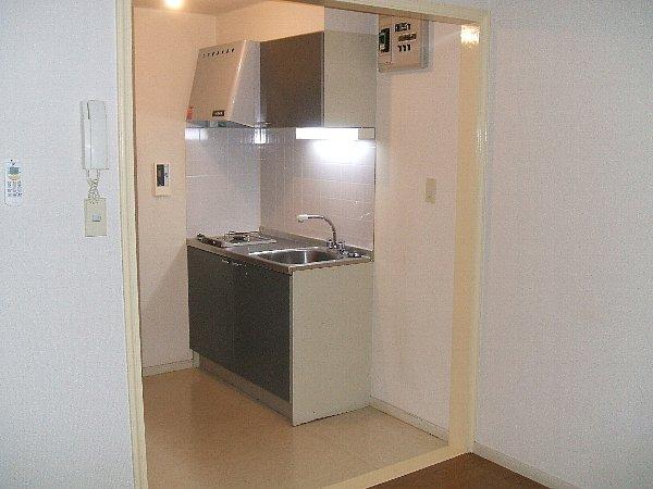 ファインコート目黒 102号室のキッチン