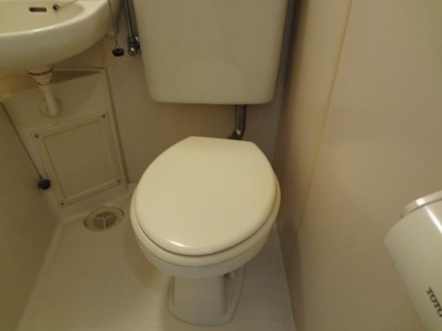 尾山台QSハイム 202号室のトイレ