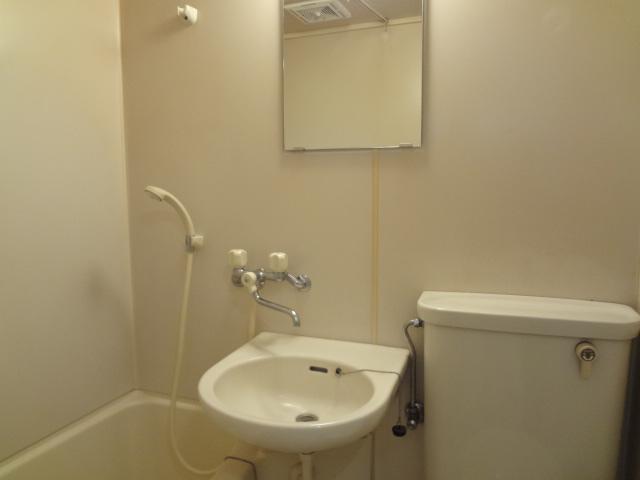 尾山台QSハイム 202号室の洗面所