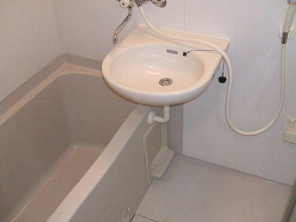 メルヴェイユ 301号室の風呂
