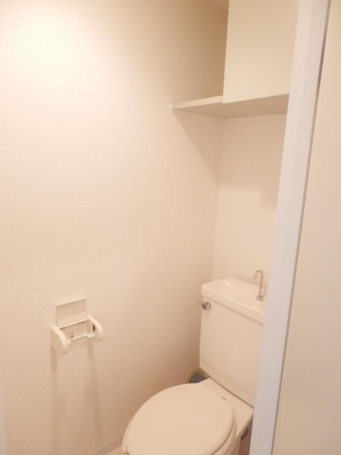 リバティヒル3 303号室のトイレ