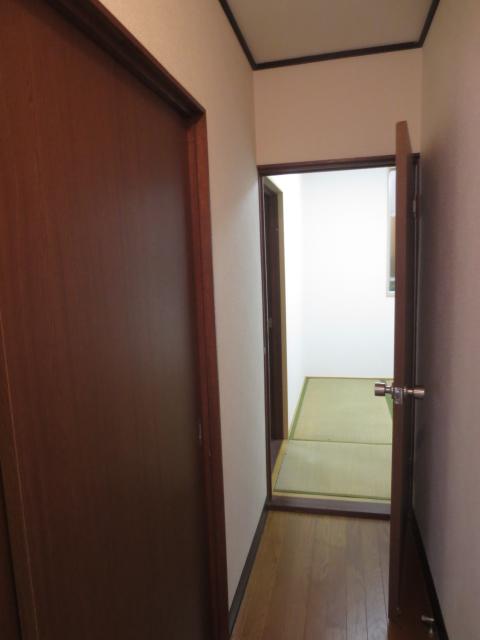 スターハイツ 102号室のその他