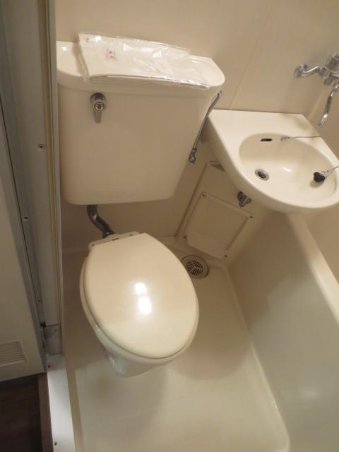 カーサ川口 201号室のトイレ