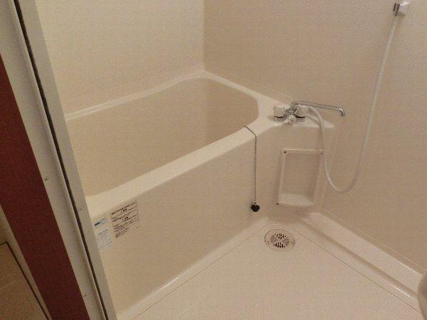 ルネス木嶋 201号室の風呂