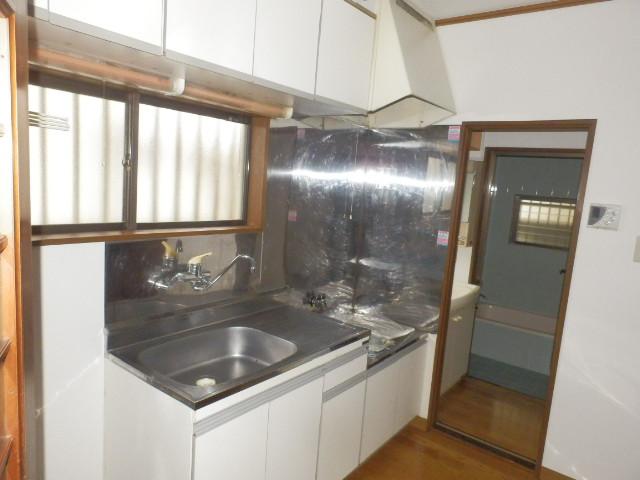 ドルチェ奥沢 203号室のキッチン